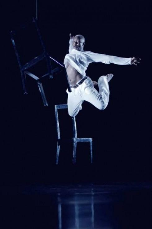 """Tchekpo šokio trupė.""""Glamonėti vėją"""" ( chor. Tchekpo Dan Agbetou). Donatos Kukytės nuotr."""